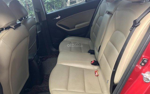 Bán xe Kia Cerato năm sản xuất 2016, màu đỏ, giá chỉ 579 triệu7