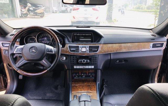Cần bán xe Mercedes E400 đời 2014, màu nâu, bản cao cấp nhất, sang trọng nhất dòng E Class16