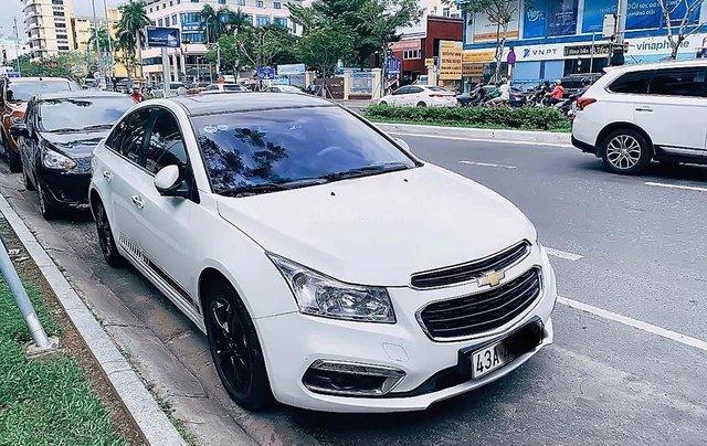Cần bán xe Chevrolet Cruze sản xuất năm 2015, màu trắng, xe nhập chính hãng0