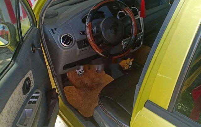 Cần bán xe Chevrolet Spark sản xuất 2009, màu vàng xe gia đình2