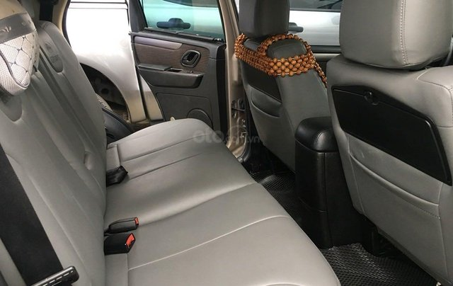 Bán ô tô Ford Escape XLS 2.3L đời 2010 màu ghi vàng giá thương lượng, hotline 09012678554