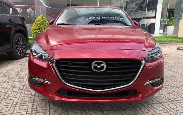 Bán xe Mazda 3 Luxury 2019, màu đỏ0