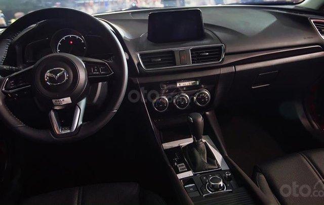 Bán xe Mazda 3 Luxury 2019, màu đỏ6