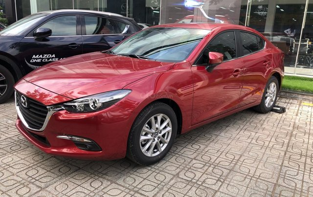 Bán xe Mazda 3 Luxury 2019, màu đỏ3