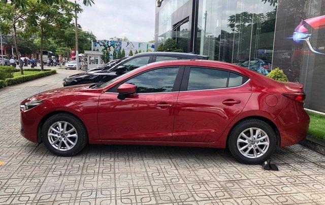 Bán xe Mazda 3 Luxury 2019, màu đỏ4
