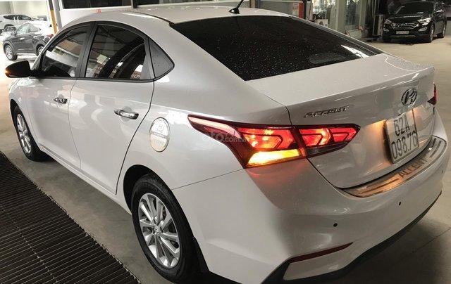 Bán ô tô Hyundai Accent 1.4MT 2018 màu trắng, xe gia đình2