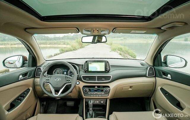 Tucson giá cực rẻ 799tr, tặng kèm khuyến mãi phụ kiện, xe có sẵn giao ngay, LH-Hoài Bảo 0911.64.00.882