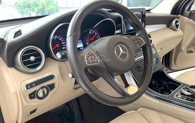 Bán xe Mercedes-Benz GLC-Class đời 2017, màu nâu, giá tốt1