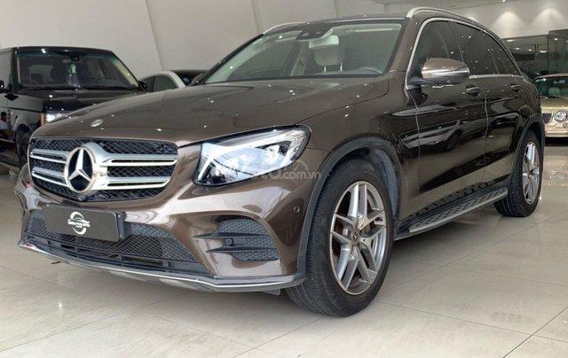 Bán xe Mercedes-Benz GLC-Class đời 2017, màu nâu, giá tốt3
