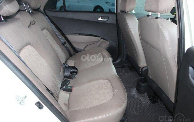 Cần bán Hyundai i10 1.2MT 2019 màu trắng mới đi 8.000 km, giá 388 triệu5