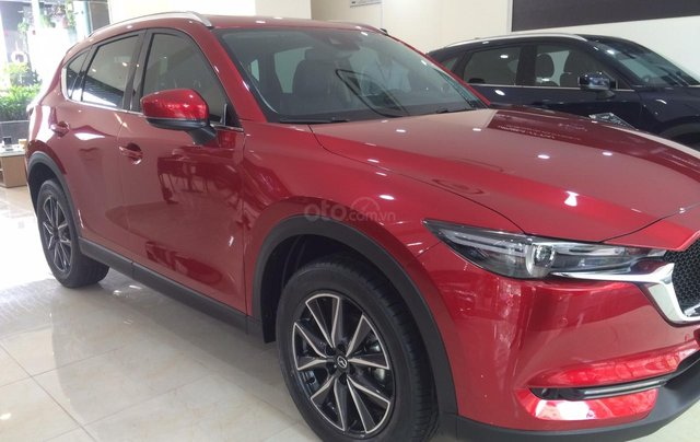 Bán xe Mazda CX 5 2,5 2018 mới 100% hỗ trợ 130 triệu, LH ngay 09664020851