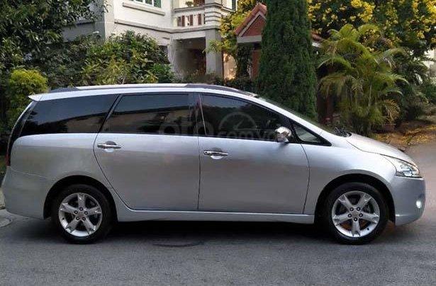 Cần bán Mitsubishi Grandis 2.4 AT 2010, màu bạc chính chủ1