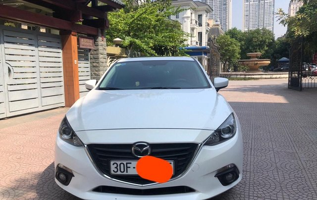 Bán Mazda 3 1.5 năm 2017, màu trắng0