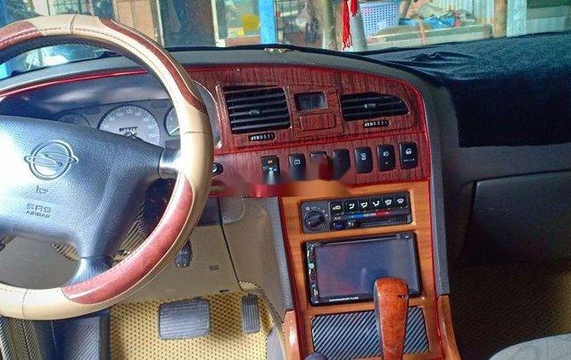 Cần bán Ssangyong Musso năm sản xuất 2004, màu đen, xe nhập 3