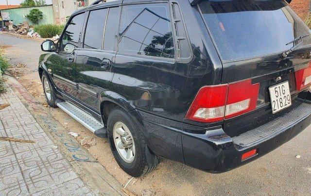 Cần bán Ssangyong Musso năm sản xuất 2004, màu đen, xe nhập 2