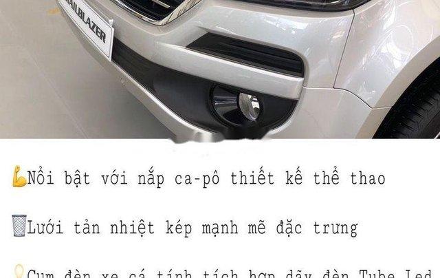 Bán Chevrolet Trailblazer 2018, màu bạc, nhập khẩu nguyên chiếc, giá tốt3