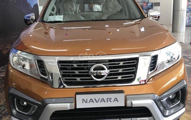 Cần bán chiếc xe Nissan Navara năm 2019, số tự động, máy dầu0
