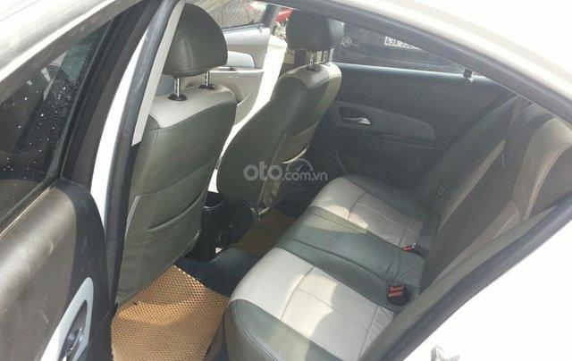 Cần bán Chevrolet Cruze đời 2012, màu trắng giá chỉ 290 triệu4