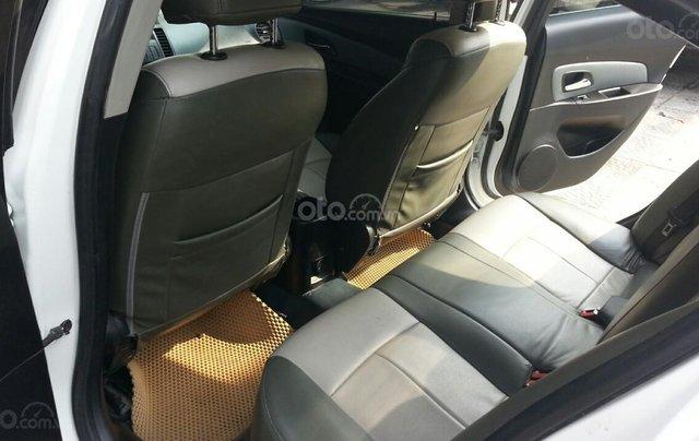 Cần bán Chevrolet Cruze đời 2012, màu trắng giá chỉ 290 triệu5