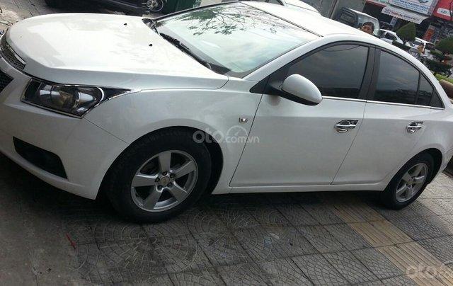 Cần bán Chevrolet Cruze đời 2012, màu trắng giá chỉ 290 triệu0
