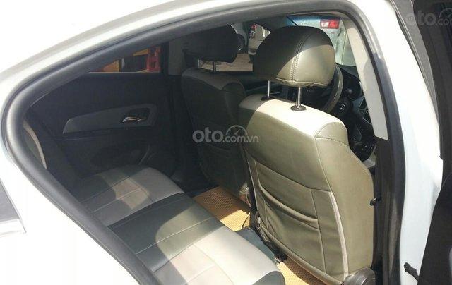 Cần bán Chevrolet Cruze đời 2012, màu trắng giá chỉ 290 triệu6