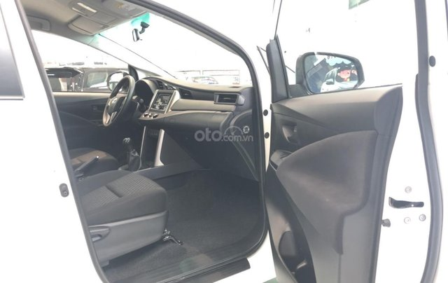 Bán xe Toyota Innova E sản xuất năm 2019, màu trắng, hỗ trợ vay ngân hàng – 0903070070 - Toyota Bến Thành5