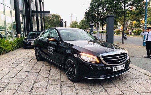 Bán Mercedes C200 Exclusive form mới 2019, chỉ đóng thuế 2% là lăn bánh. Hotline: 09082998291