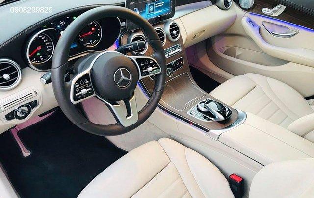 Bán Mercedes C200 Exclusive form mới 2019, chỉ đóng thuế 2% là lăn bánh. Hotline: 09082998298