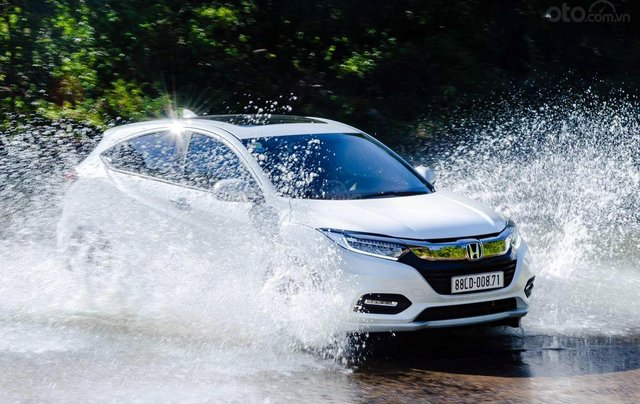 Cần bán xe Honda HR-V đời 2019, xe nhập1