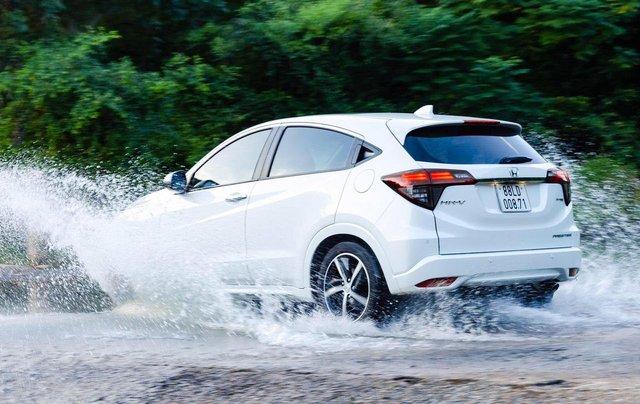 Cần bán xe Honda HR-V đời 2019, xe nhập5