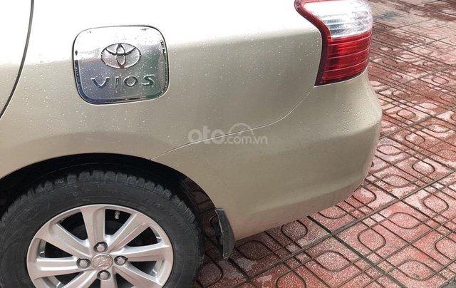 Chính chủ bán chiếc xe Toyota Vios 1.5 đời 2013, giá cực kì rẻ1