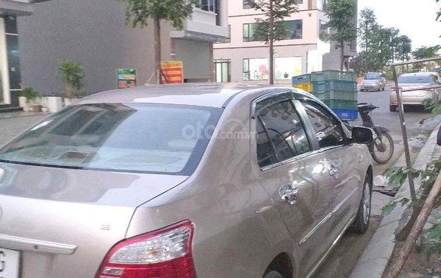 Chính chủ bán chiếc xe Toyota Vios 1.5 đời 2013, giá cực kì rẻ0