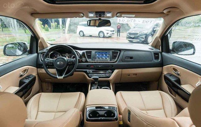 Cần bán Kia Sedona Luxury D đời 2019, màu đen3