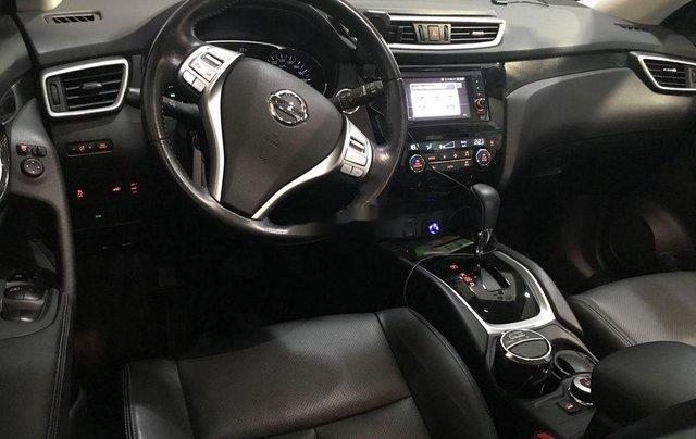 Bán xe Nissan X trail đời 2017, màu xanh rêu, giá 860tr6