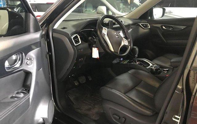 Bán xe Nissan X trail đời 2017, màu xanh rêu, giá 860tr4
