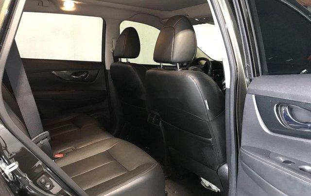 Bán xe Nissan X trail đời 2017, màu xanh rêu, giá 860tr8