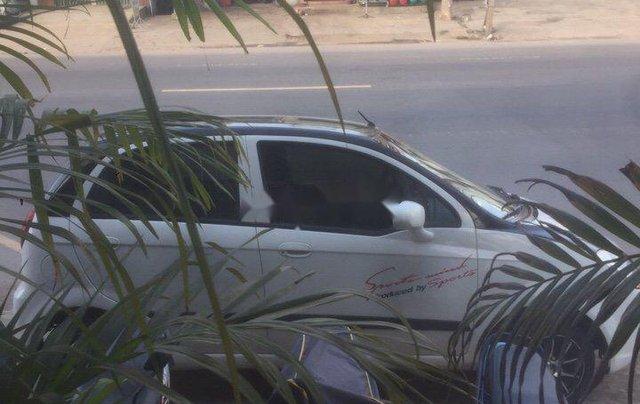 Bán Chevrolet Spark đời 2008, màu trắng chính chủ, giá chỉ 105 triệu xe nguyên bản2