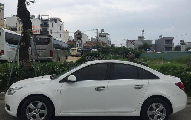 Cần bán xe Chevrolet Cruze đời 2012, màu trắng, giá rẻ0