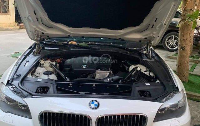 Thanh lý gấp xe BMW 5 Series sản xuất 2012, màu trắng, số tự động5