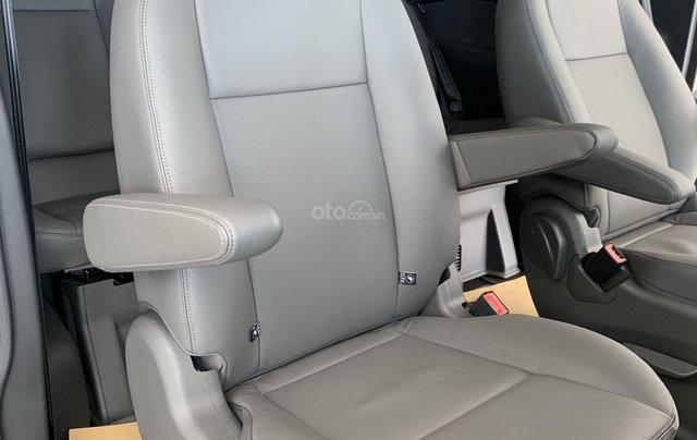 Bán xe Ford Tourneo 2019 màu nâu, giá cạnh tranh3