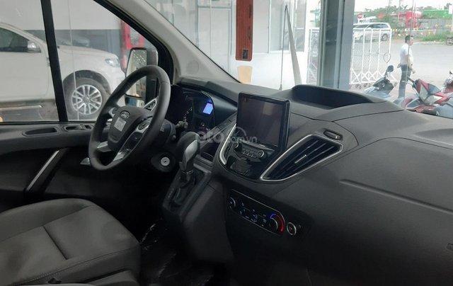 Bán xe Ford Tourneo 2019 màu nâu, giá cạnh tranh8