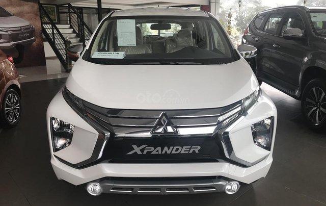 Bán xe Mitsubishi Xpander AT năm 2019, màu trắng, xe nhập khẩu nguyên chiếc, giao xe sớm nhất Hà Nội0