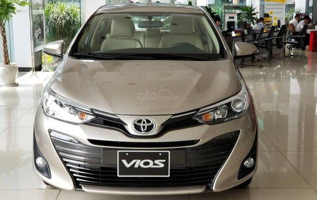 515 triệu, có ngay chiếc Toyota Vios 1.5E CVT sản xuất 2019, màu bạc0