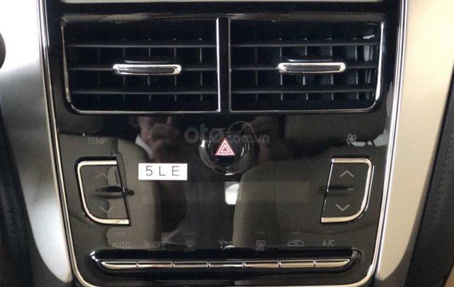 515 triệu, có ngay chiếc Toyota Vios 1.5E CVT sản xuất 2019, màu bạc9