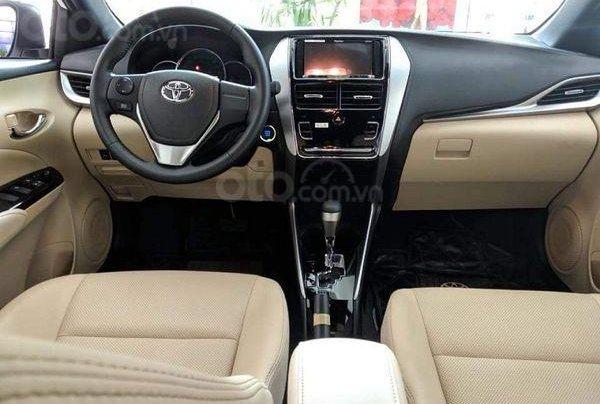 515 triệu, có ngay chiếc Toyota Vios 1.5E CVT sản xuất 2019, màu bạc7