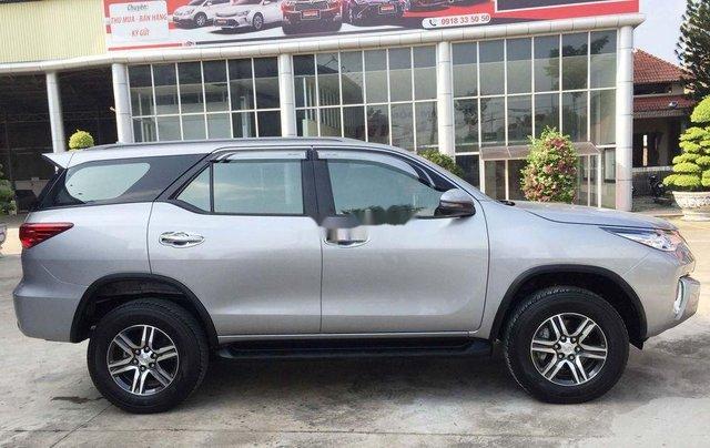 Cần bán gấp Toyota Fortuner năm sản xuất 2019, màu bạc, nhập khẩu nguyên chiếc 9