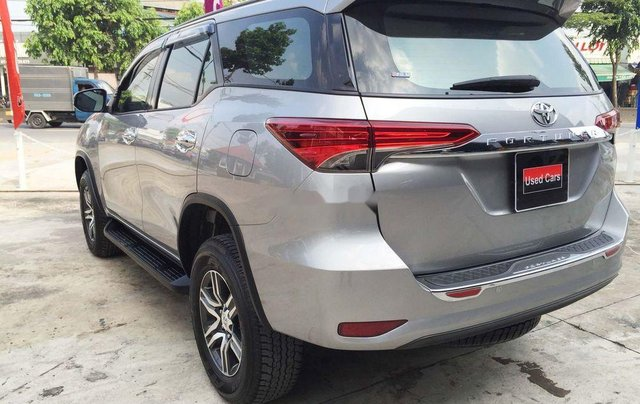Cần bán gấp Toyota Fortuner năm sản xuất 2019, màu bạc, nhập khẩu nguyên chiếc 0