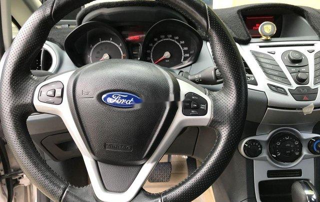 Cần bán xe Ford Fiesta đời 2012, màu vàng còn mới11