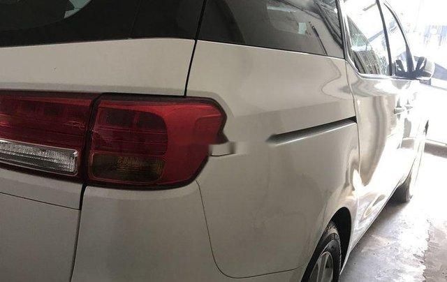 Bán Kia Sedona sản xuất năm 2016, màu trắng, nhập khẩu còn mới, giá 815tr10
