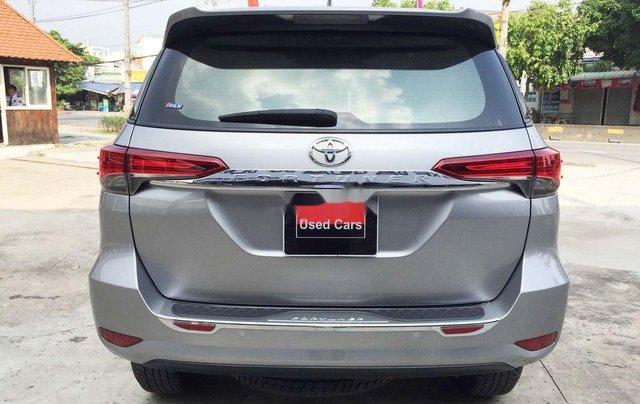 Cần bán gấp Toyota Fortuner năm sản xuất 2019, màu bạc, nhập khẩu nguyên chiếc 3